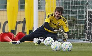 Iker Casillas in Real Madrid Training And Press Conference ...