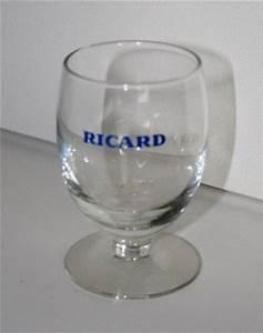 Verre A Ricard : ancien verre ricard pour une ambiance bistrot ~ Teatrodelosmanantiales.com Idées de Décoration