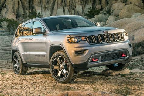 jeep grand cherokee altitude 2017 new 2017 jeep grand cherokee altitude j82491