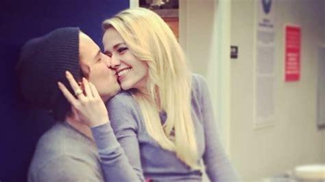 """UnREAL"" Co Stars Freddie Stroma & Johanna Braddy Have"
