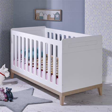 chambre bébé lit évolutif lit bebe evolutif 70x140 siki blanc sikiblcm01b