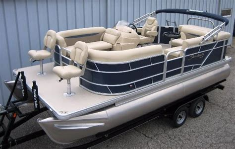 Boat Sales Evansville Indiana by Pontoon Boats For Sale In Evansville Indiana