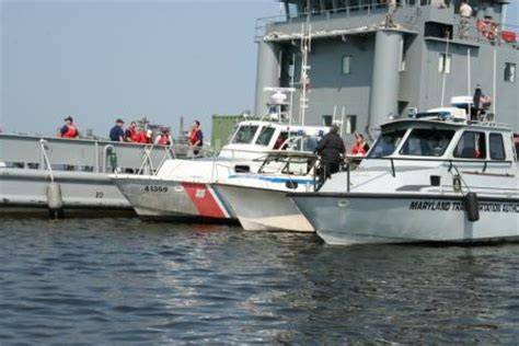 Boat Accident Virginia Beach by Virginia Maryland Marine Police Coast Guard Searched