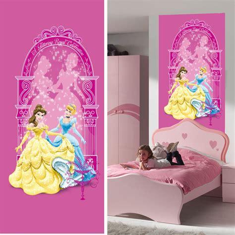 chambre hello bebe disney princesse décoration murale poster de porte