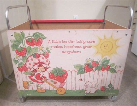 strawberry shortcake child size toy box wooden handles