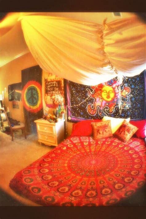 ideas  hippie bedrooms  pinterest hippie