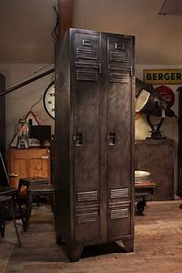 Meuble Industriel Vintage : meuble industriel vestiaire des ptt ancien deco loft industrial vintage meubles industriels ~ Nature-et-papiers.com Idées de Décoration