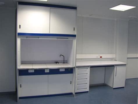 vitrinas extractoras de gases borda laboratorios