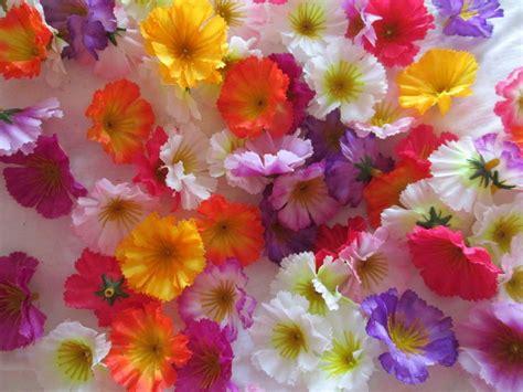 künstliche blumen kaufen 30 deko streu bl 252 ten k 252 nstliche kunst blumen floristik tischdeko fr 252 hling bestellen