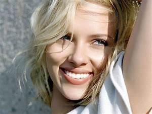 Hot Girl: Scarlett Johansson - ENTERTAINMENT