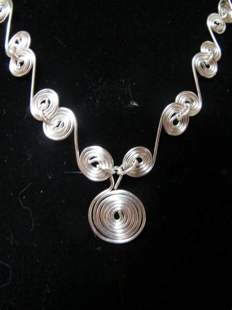 Naomi's Designs: Handmade Wire Jewelry: July 2012