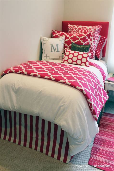 room bed skirts 1000 ideas about bed skirts on college