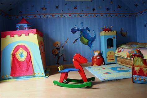 deco chambre chevalier concours photos chambre d 39 enfants robin et sa chambre