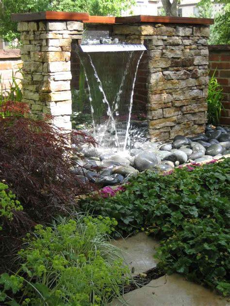 Building Garden Pond Fountains  Backyard Design Ideas