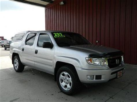 Maybe you would like to learn more about one of these? Purchase used RT 3.5L V6 4WD CLOTH SEATS 5-SPEED AUTOMATIC ...