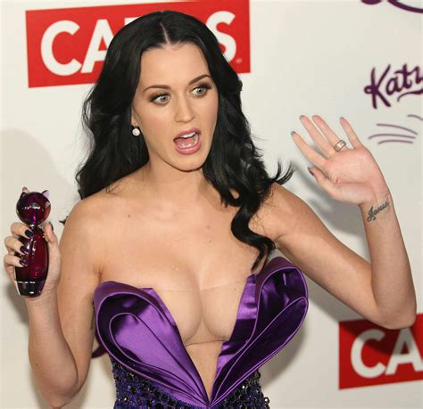 Katy Perry Is Really Saying Women Shouldnt Show Their