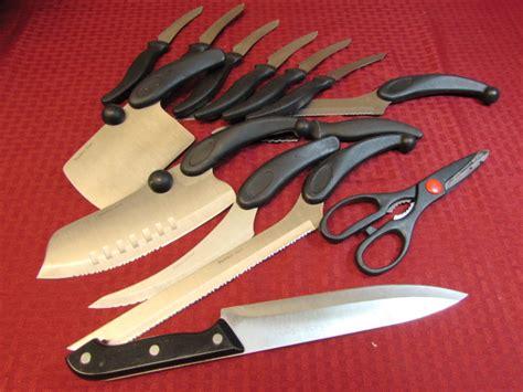 Lot Detail-fourteen Piece Cutlery Set With Butcher Block