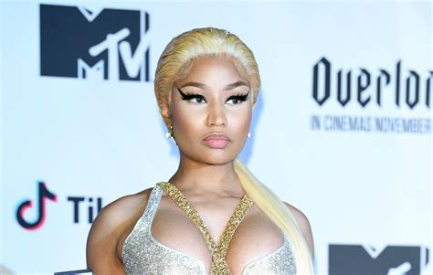 Bet Apologises After Twitter Diss Forces Nicki Minaj To