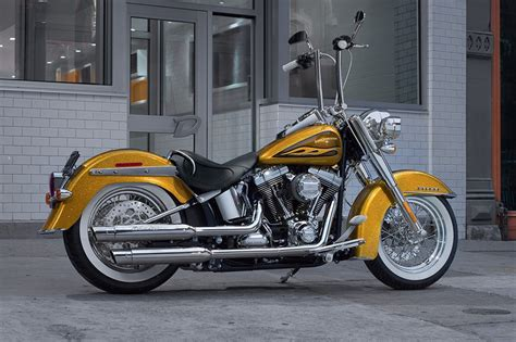 Harley Davidson Softail Deluxe Specs