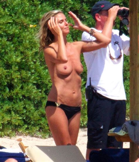 Heidi Klum Topless On Beach 6 New Pics