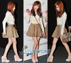 Hadiri 'Seoul Fashion Week', SNSD Tiffany Perlihatkan Abs ...