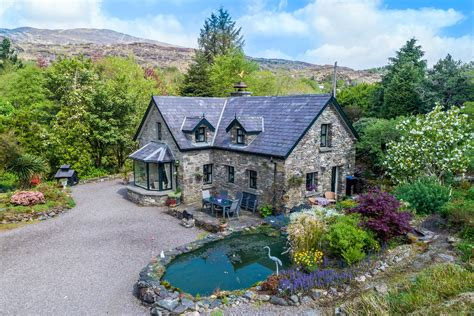 luxury cottage for sale derreenrickard cottage tahilla sneem county kerry a