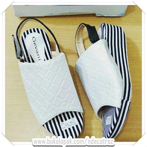 Sepatu Flat Murah Gudang jual cuci gudang sepatu dan sandal murah kode promo 330 di