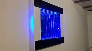 Miroir infini led design noir et blanc youtube for Miroir led design