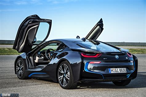 AutomobileMag 2014 Design of the Year: BMW i8