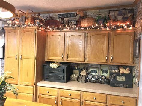 primitive kitchen decor   cabinets decor kitchen