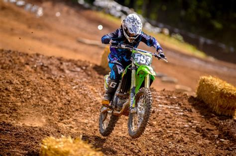 motocross bike makes 5 reasons why riding a dirt bike makes you a better street