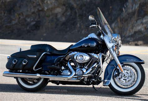 Harley Davidson Road King Image by 2013 Harley Davidson Road King Classic Moto Zombdrive