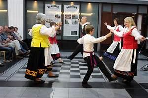 Photos : Manx Folk Dance Society