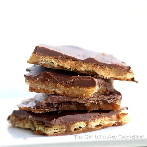 toffee recipe saltine cracker toffee the girl who ate everything