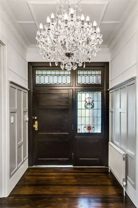chandelier for entrance foyer 1000 ideas about entryway chandelier on entry