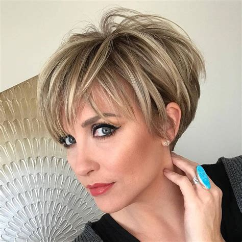 Longer Pixie Hairstyles by 10 Pixie Haircuts For Wanting A Fresh Image