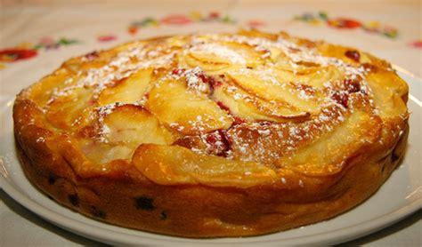 la cuisine de jackie clafoutis aux pommes et canneberges la cuisine de jackie