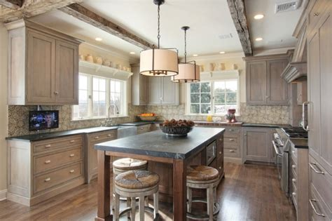 Decorating Ideas For Kitchen Bulkheads by Homeofficedecoration Kitchen Cabinet Bulkhead Ideas