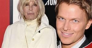 "Nancy Sinatra: ""Ronan Farrow is NOT my brother"" - star ..."