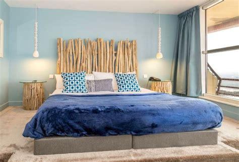 console pour chambre à coucher tête de lit bois flotté pour une chambre d 39 ambiance naturelle