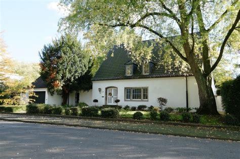 Häuser In Krefeld Kaufen  Schreurs Immobilien