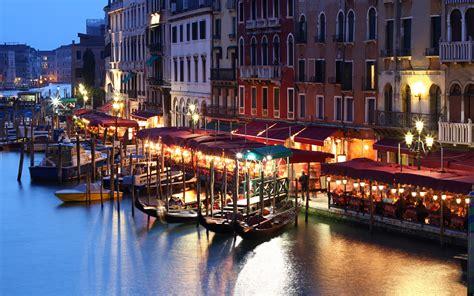 grand canapé terralonginqua grand canal of venice italy