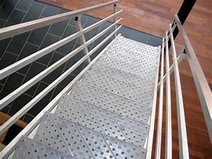 Escalier Industriel Occasion : escalier metallique occasion trouvez le meilleur prix sur voir avant d 39 acheter ~ Medecine-chirurgie-esthetiques.com Avis de Voitures
