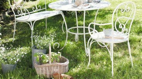 chaise fer forg pas cher idées de décoration de jardin pas cher archzine fr