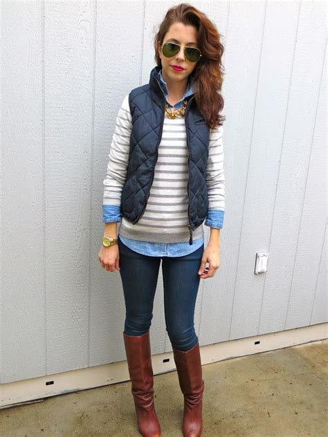 Make You Keep Warm This Fall With Layers Try A Chambray