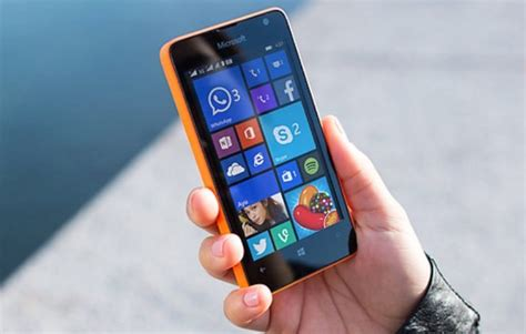 lumia 430 has decent enough specs for its low price phonesreviews uk mobiles apps networks