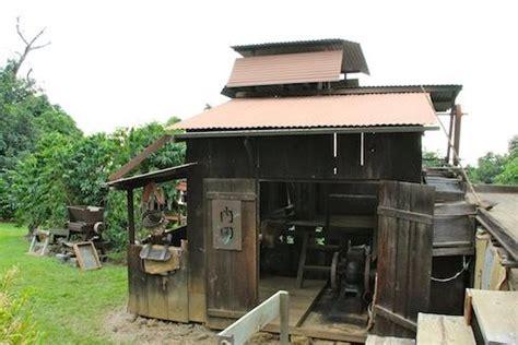 Things to do near kona coffee living history farm. Big Island's Kona Coffee Living History Farm   KCBX