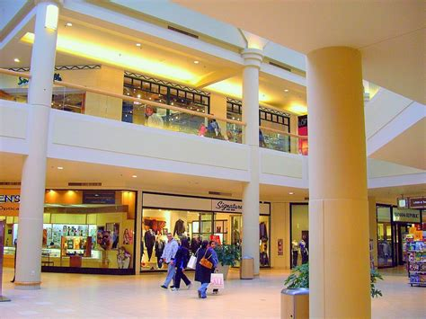 jersey garden mall hours freehold mall address hours directions outlets in nj