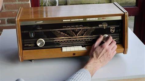 Philips B5X23a FM stereo tube radio - YouTube