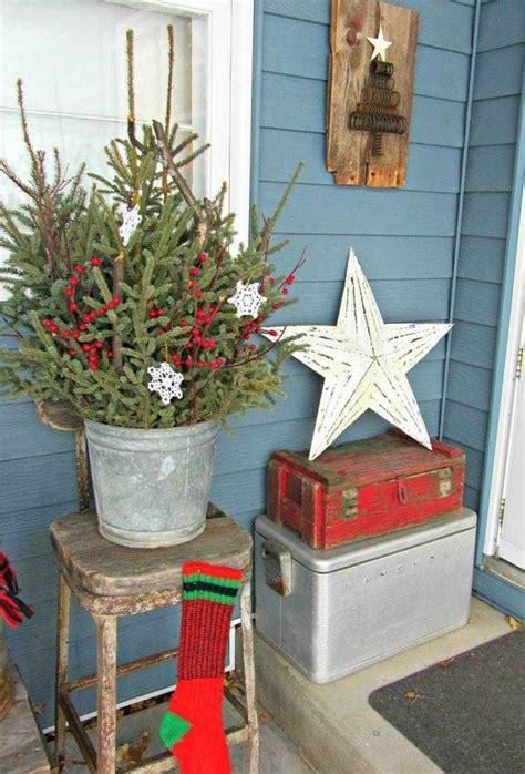 Weihnachtsdeko Für Draußen by Vintage Weihnachtsdeko Aus Nat 252 Rlichen Materialien Vor Der